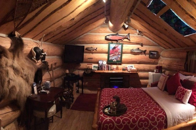 Another Hobbit Style Tiny House Rental In Talkeetna
