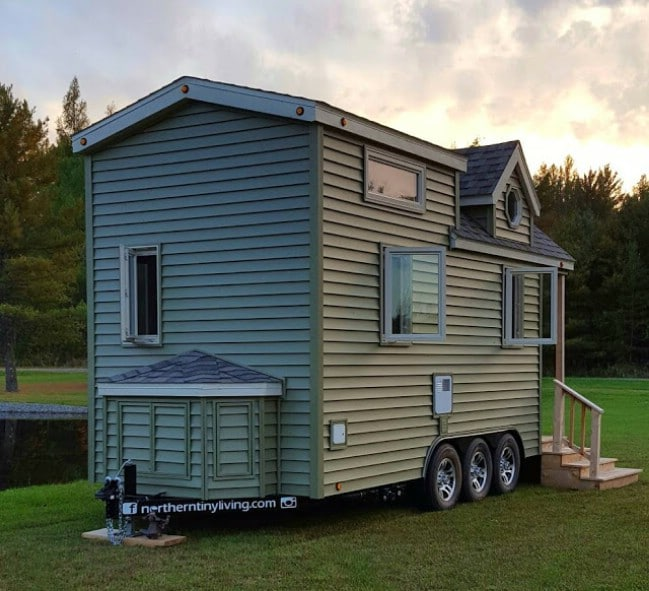 "Enjoy the ""Single Life"" in this 234 Square Foot Tiny House by Northern Tiny Living"