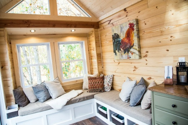 Cute and Cozy Tiny House by Free Range Tiny Homes