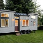 "Handcrafted Movement Releases Stunning ""Pacific Pioneer"" Tiny House"
