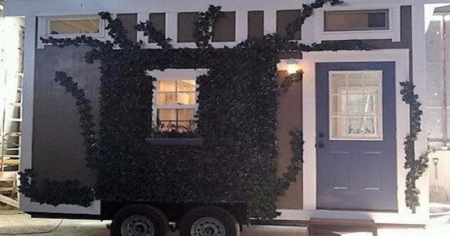 Teeny Tiny 20'x8' California Dreamin Tiny House by Incredible Tiny Homes