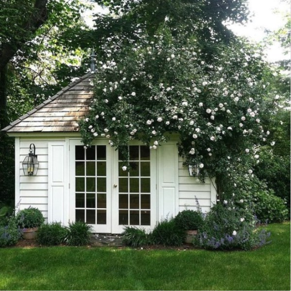 Old-Fashioned Charm - Top 80 Gorgeously Comfortable She Sheds and Backyard Tiny Houses
