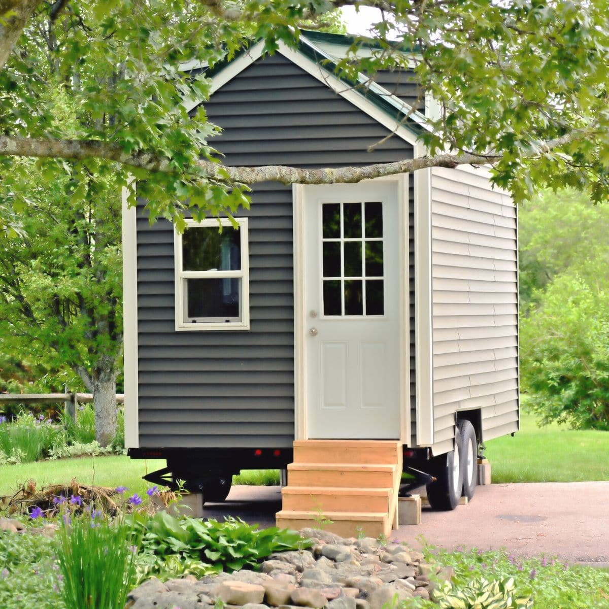 20 Do it Yourself Tiny Houses with Free or Low Cost Plans - Tiny