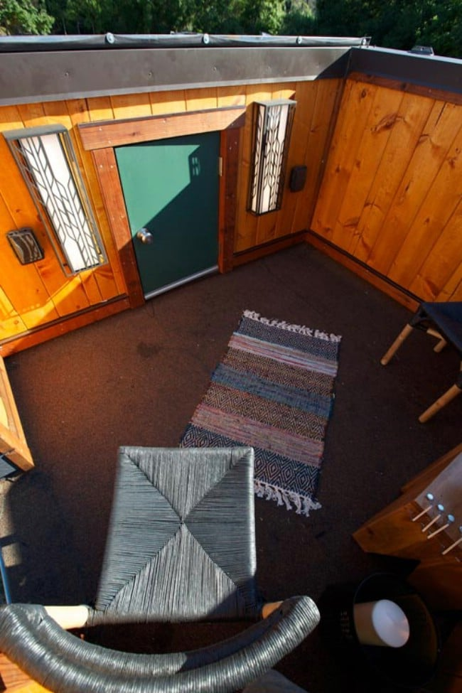 The 200 square foot schooner tiny house designed by viva for 200 sq ft deck