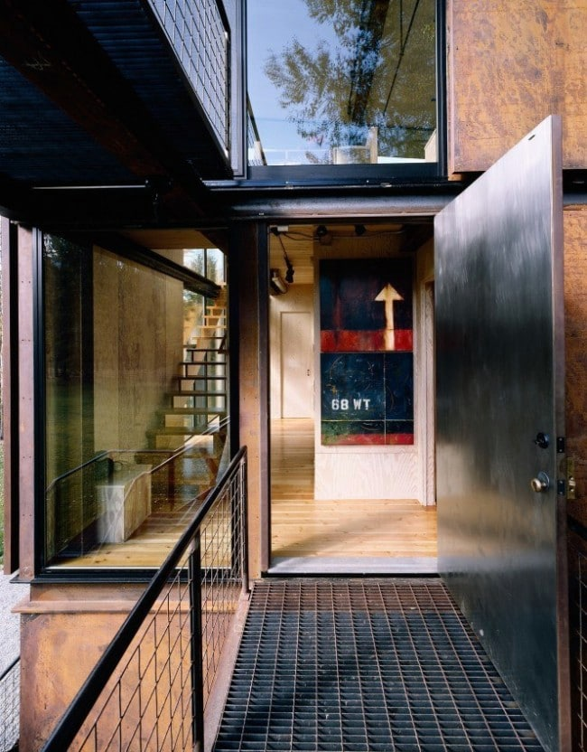 Enter the Delta Shelter: 1,000 Square Feet of Architectural Heaven