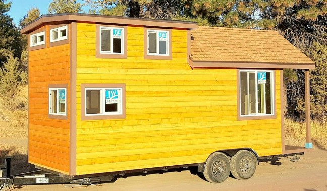 The Mountain Bungalow Is The Unique 230-Square-Foot Tiny House You've Been Dreaming Of