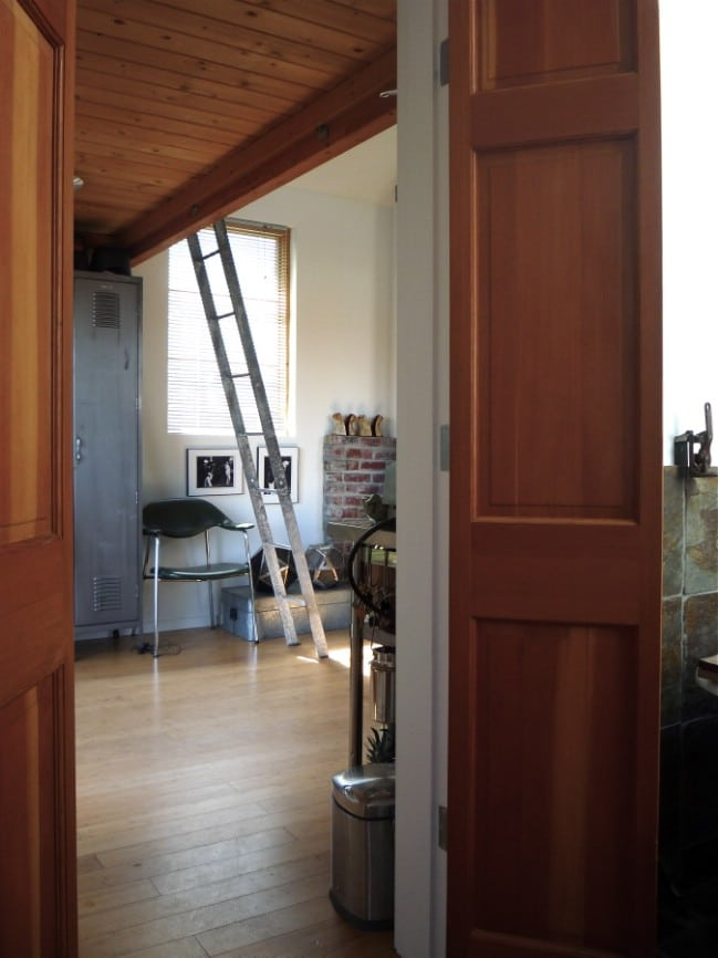 It Started Out as an Ordinary Garage … It Became a Stunning Tiny House