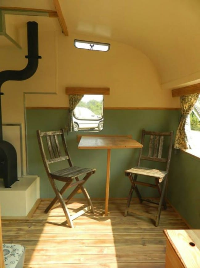 The Safari-Molly Croft 2013 is a Streamlined Delight from Rustic Campers