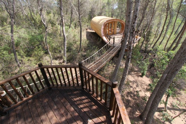 The Fibonacci Tree House Combines Modern and Rustic Elements