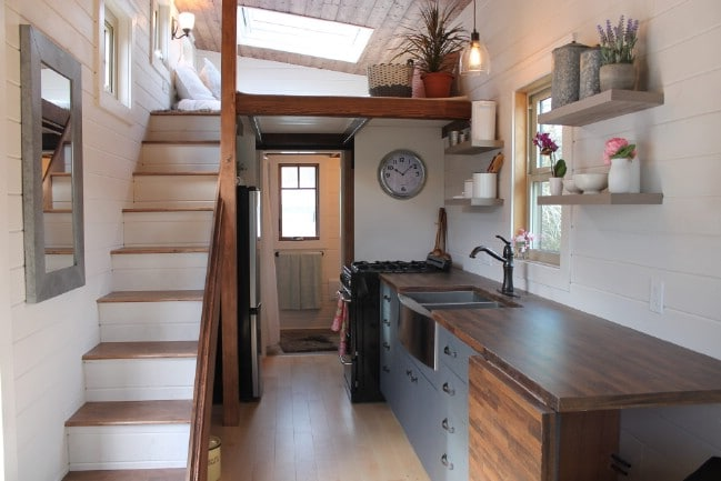 Canadian Tiny Homes is Off to a Promising Start With an Amazing First Build