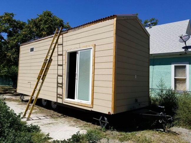 This Stunning Tiny House in Aurora, Colorado, is On Sale For Just $20,000
