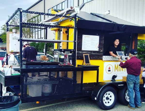 This Tiny Food Cart Is Adorable and Economical {For Sale}