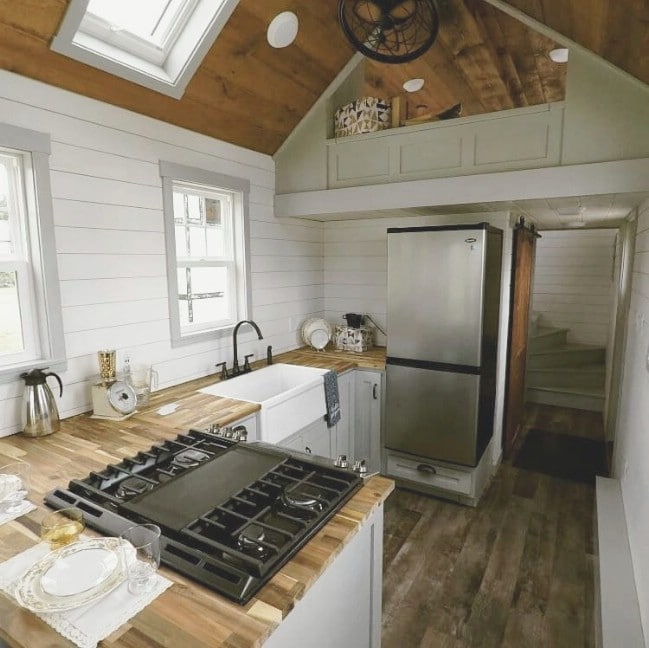 The Maverick Tiny House Features Such A Cozy Loft