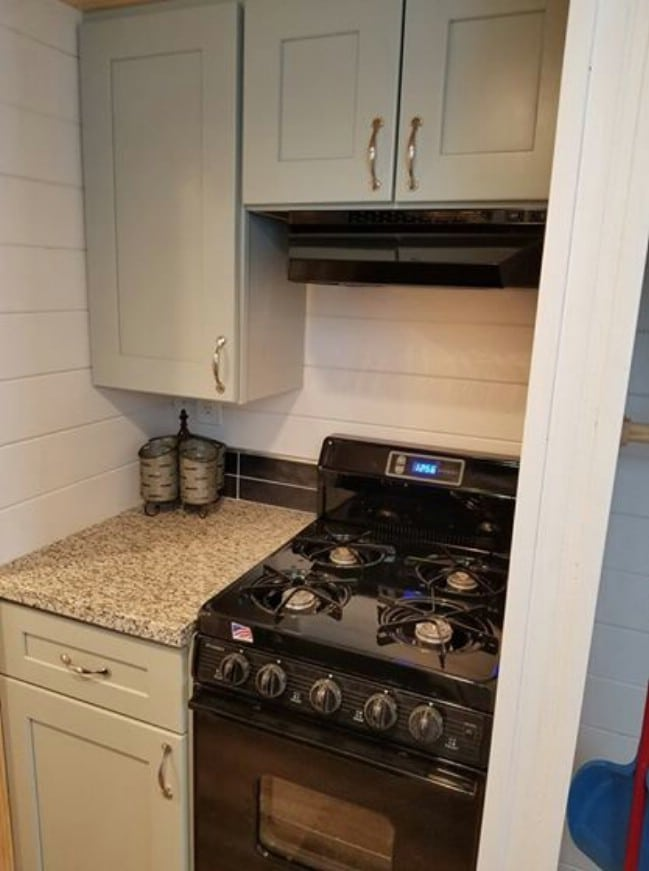 Tiny House for sale by Seabreeze
