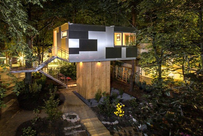 The Urban Treehouse is a Bridge Between Two Worlds