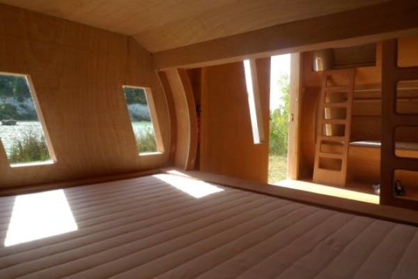 """Sleep in a Cloud in """"Le Nuage"""" Tiny House"""