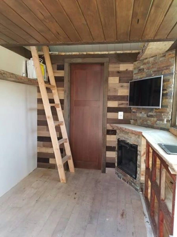 Timber-Cub from Lil Bear Tiny Homes