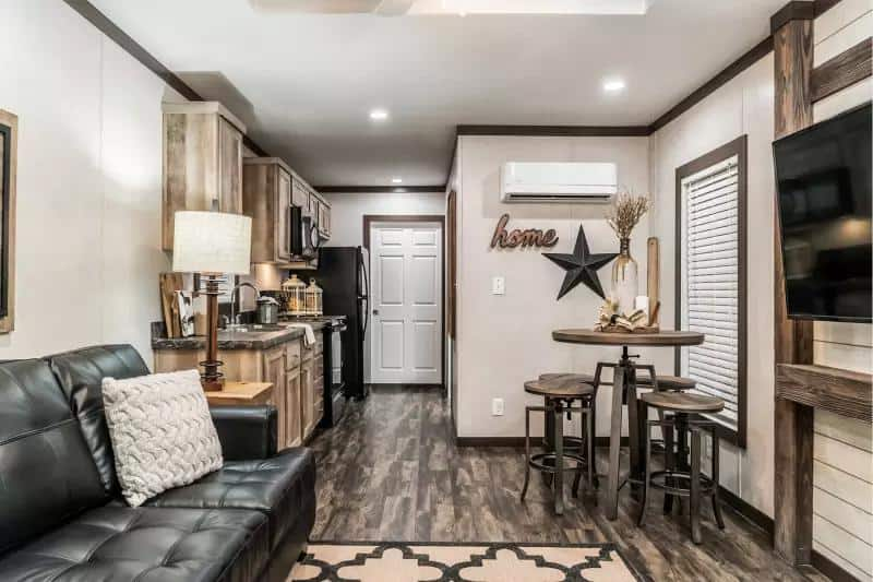 The Elizabeth is a Sublimely Decorated Tiny House