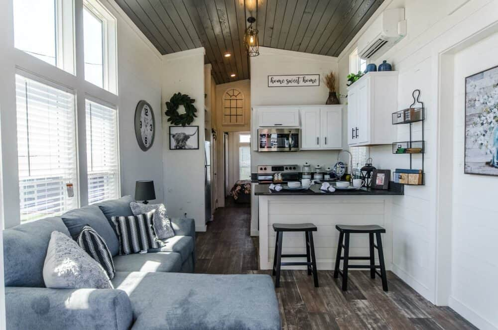 The Joann Tiny House is Pure Delight With a Ground Floor Bedroom