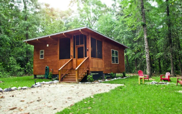 Stay at a Tiny Eco-Design Cottage at Coldwater Gardens