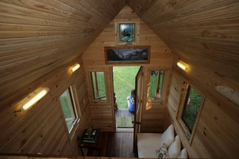 Looking for a Lightweight SIP Tiny House? Search No Further