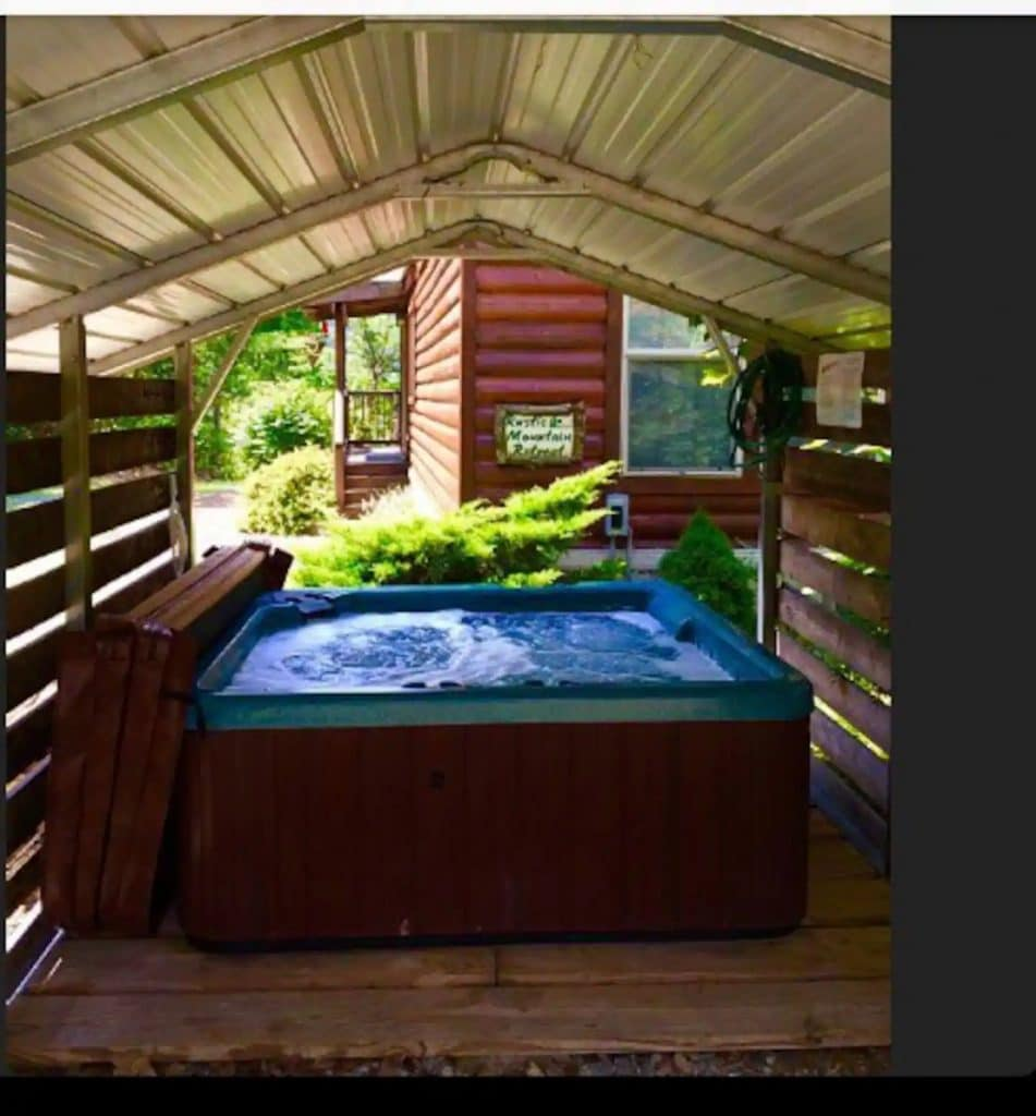 Hot tub enclosed outside on deck