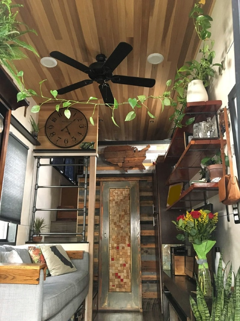 Beautiful Tiny House on Wheels in Chula Vista