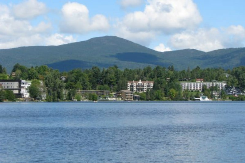 Stay in a Tiny Studio Cottage at Lake Placid, NY