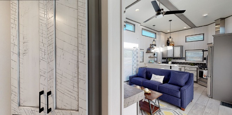 Check Out the Best Modern Tiny Home Design by Park Model Homes