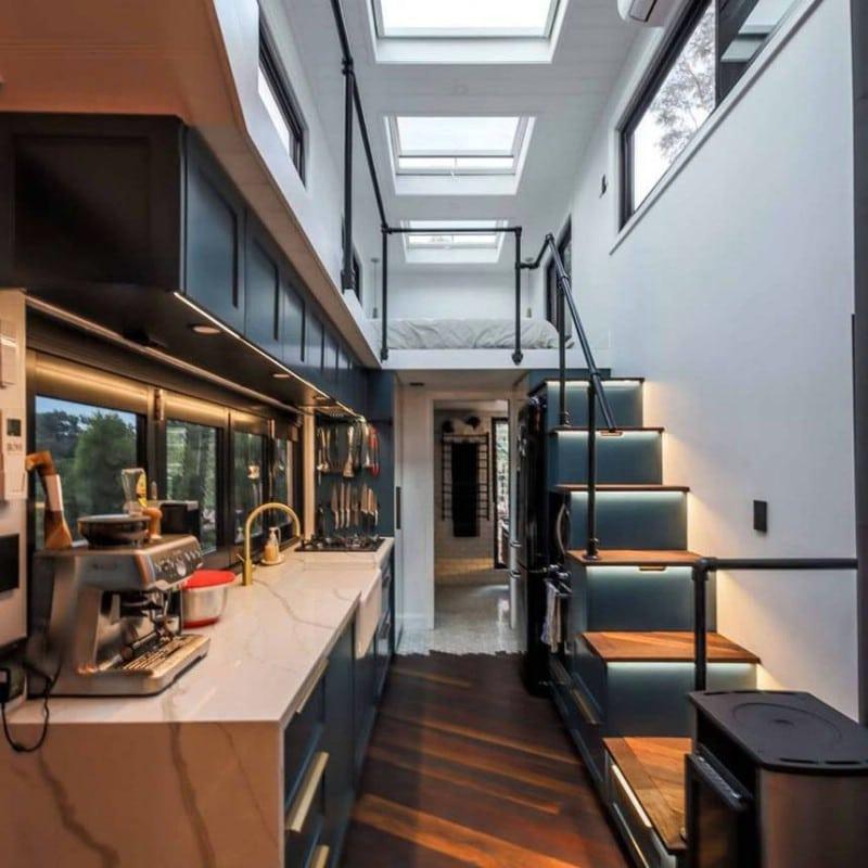 The Blue Mountains Luxury Tiny House Features Sleek Elegant And Spacious Design Tiny Houses