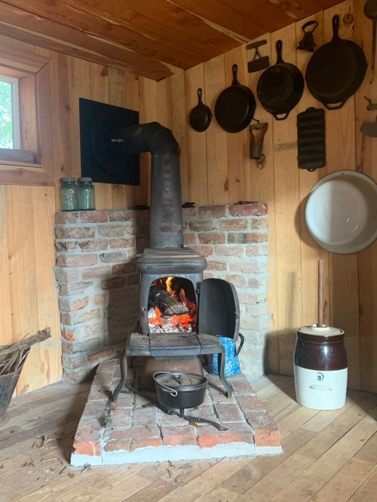 Wood stove in pallet house