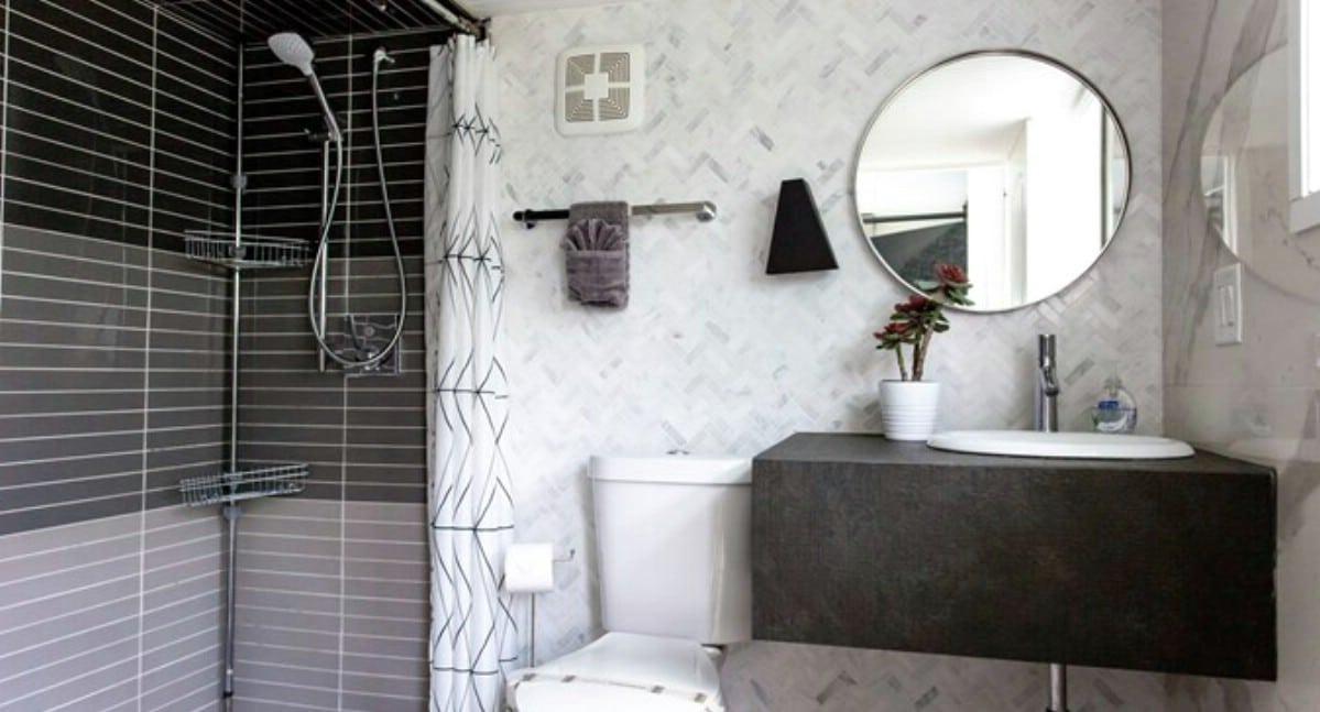Luxury bathroom in Venice tiny home