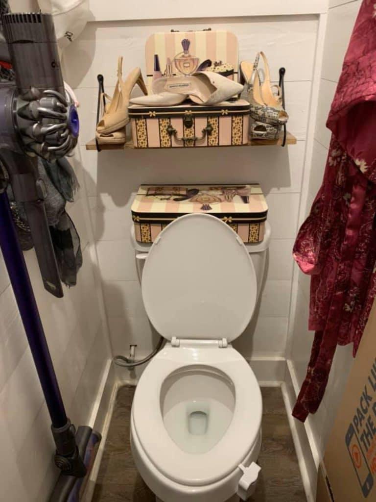 Toilet in tiny house