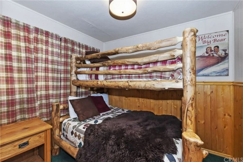 Big bear cabin bunkbeds