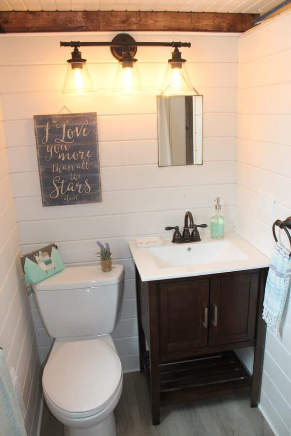 Tiny farmhouse bathroom