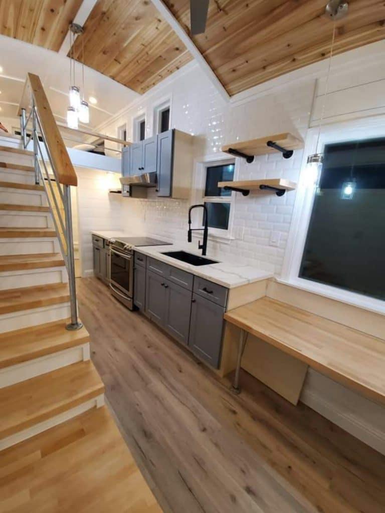 Tiny house farmhouse counter
