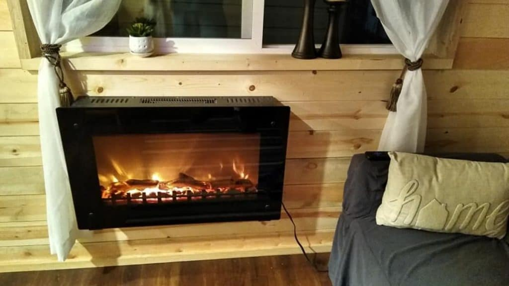 Wall mounted fire place
