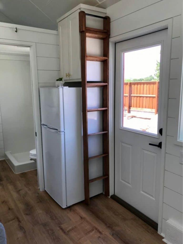 Refrigerator by shelf
