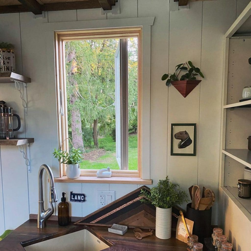 Sink and window in tiny house
