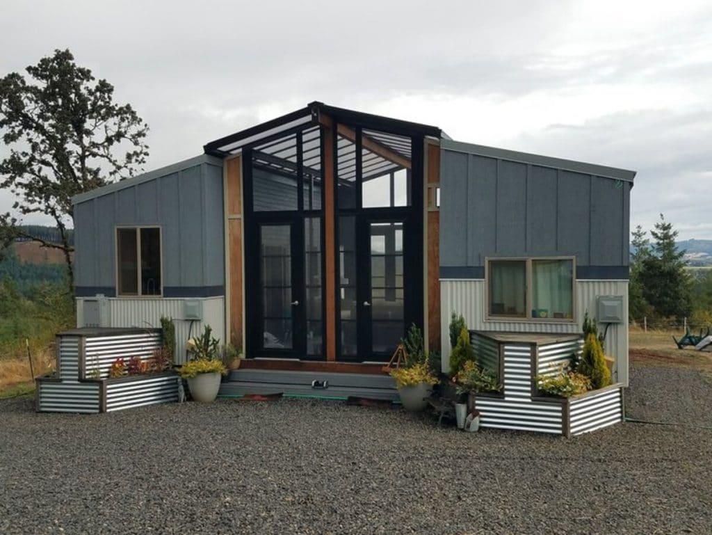 The Ohana duplex container