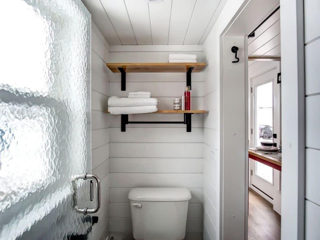 Currituck tiny house bathroom