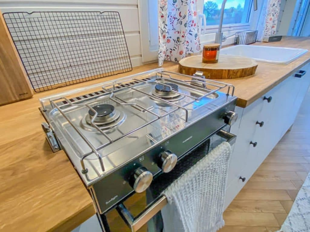 Gas stove in tiny house