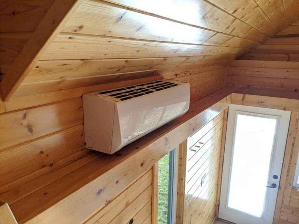 Heating system in tiny house