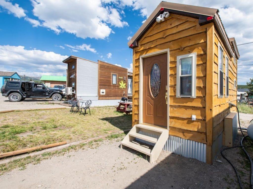 Log cabin tiny house