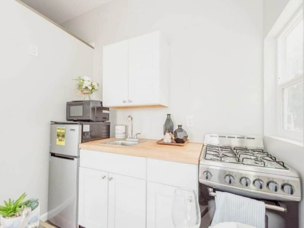 Tiny cottage kitchenette