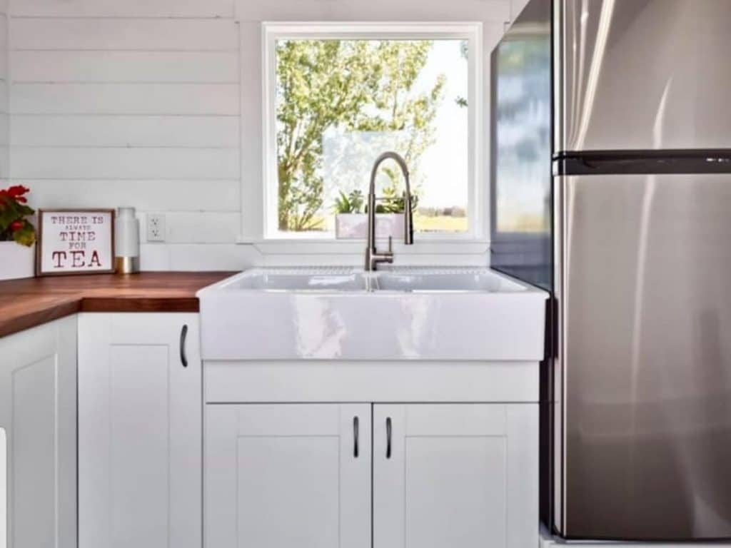 Farmhouse sink in tiny house