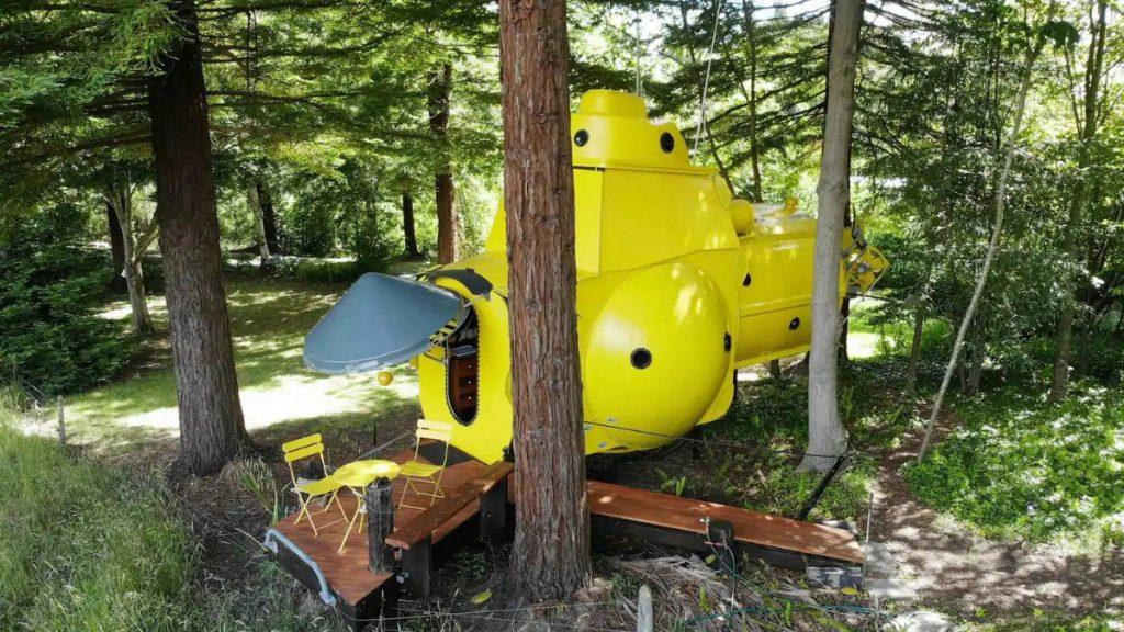 Back of yellow submarine tiny house