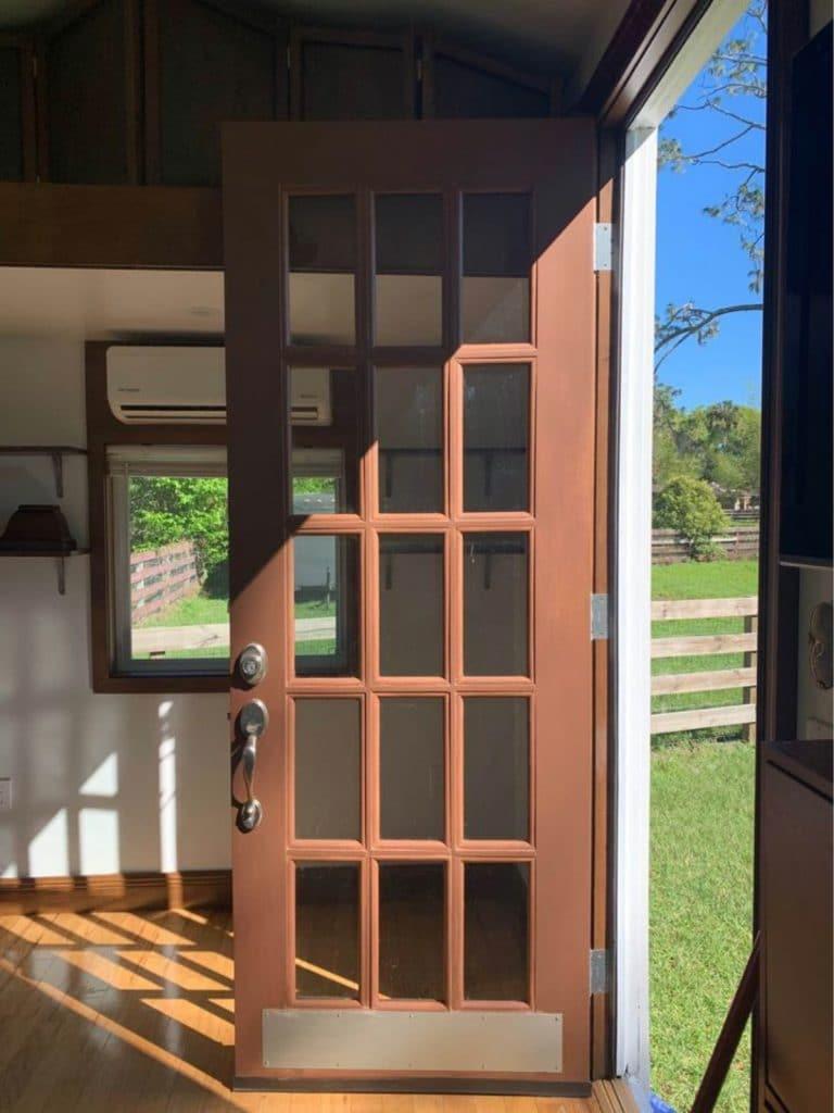 Glass pane front door