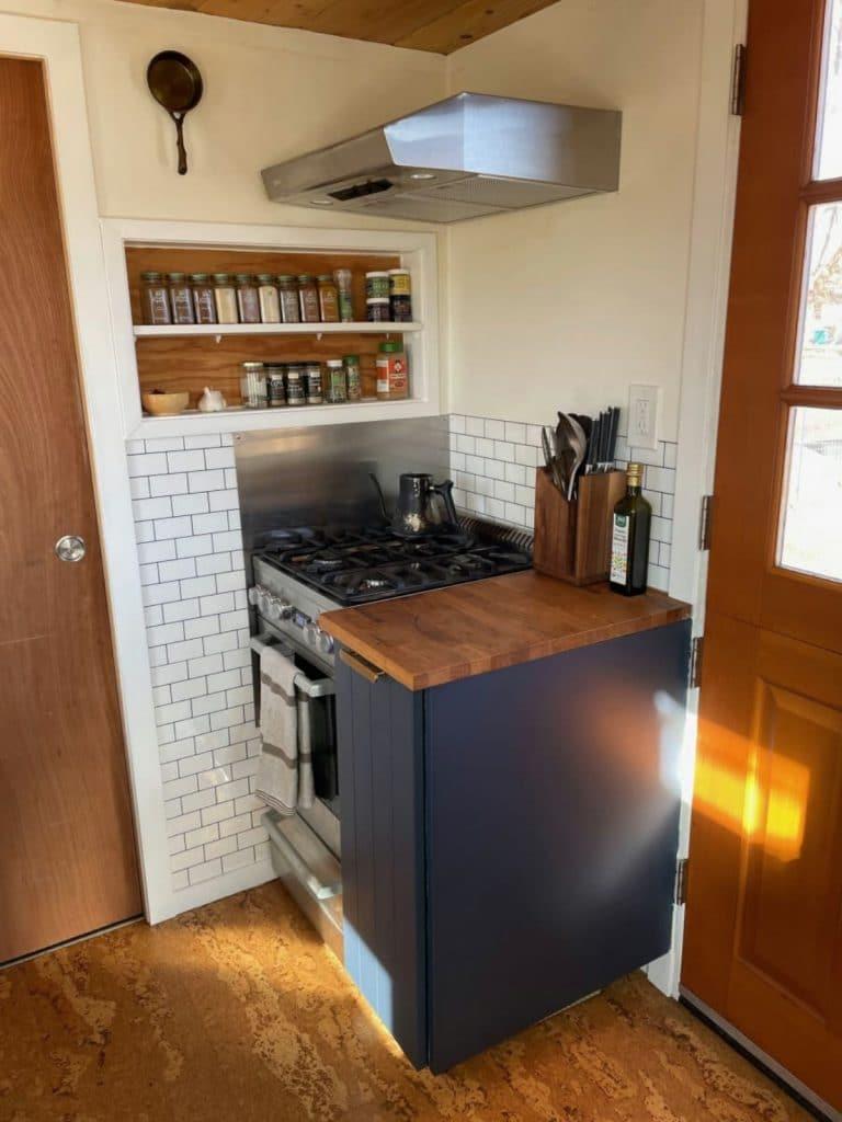 Gas stove in corner by front door
