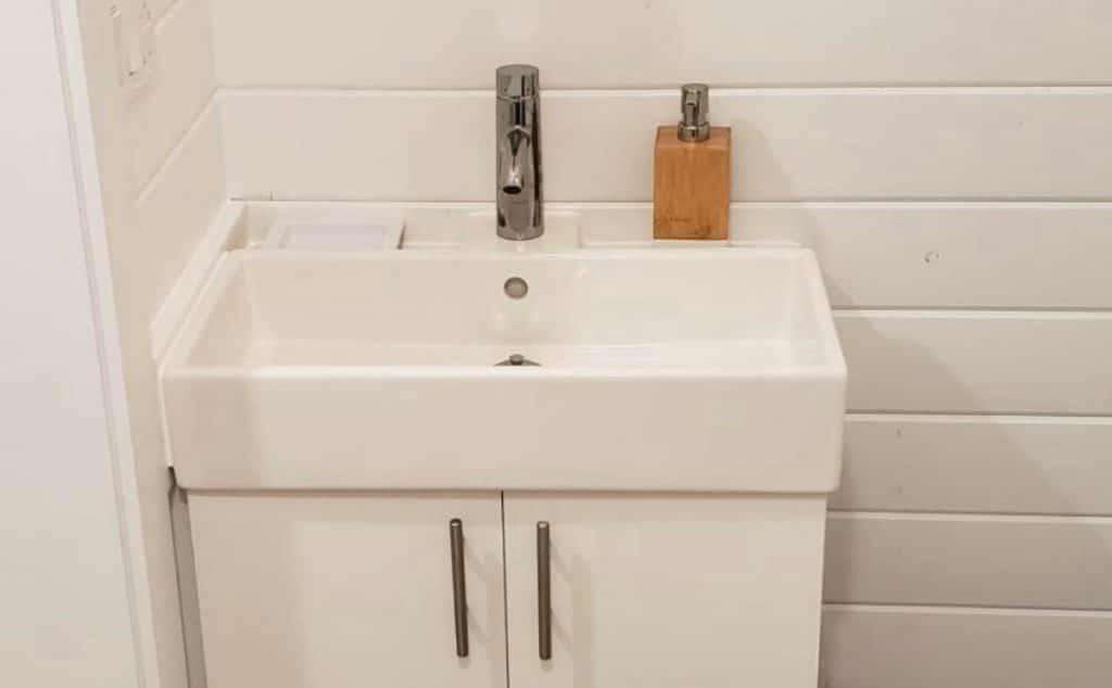 White vanity in bathroom